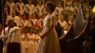 The Crown - Couronnement d'Elizabeth