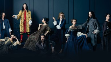 Photo de Versailles, saison 1 et 2 de Simon Mirren et David Wolstencroft