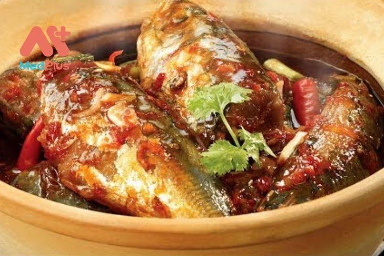 Cách làm món cá rô phi rim tỏi ớt chuẩn vị mẹ nấu