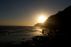 BALNEARIO DEL CONDOR / Les falaises où se logent des milliers de couples de perroquets