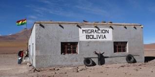 SUD LIPEZ / Paso Hito Cajon (4100 m d'altitude) à 50 km de San Pedro de Atacama (2400 m)