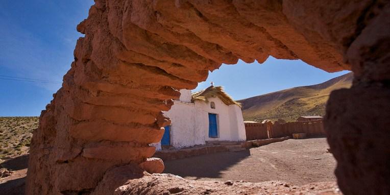 ATACAMA / Machuca - église en pisé