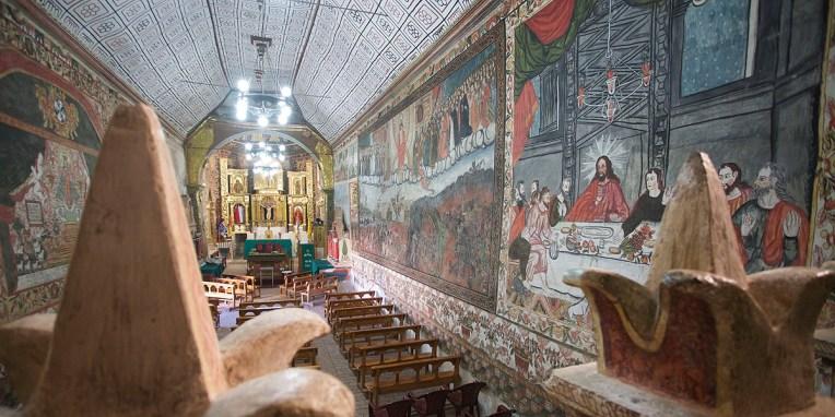 CURAHUARA DE CARANGAS / Chapelle Sixtine - Vue générale depuis la tribune du fond
