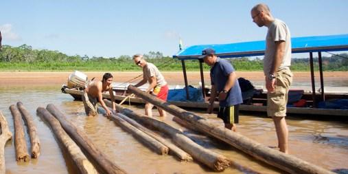 PN MADIDI / Construction d'un radeau de balsa