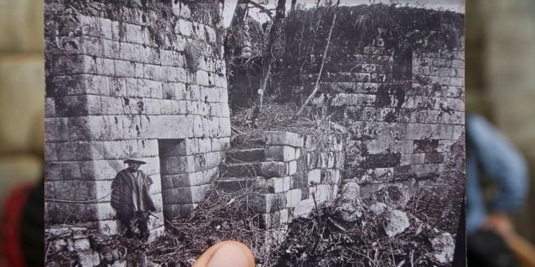 MACHU PICCHU / Temple du soleil au moment de la découverte par l'anglais Imar Bergham
