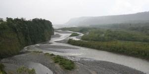 MERA / Sortie de la vallée de Banos qui débouche sur l'Amazonie