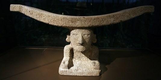 QUITO / Casa del Alabato (art pré-colombien)