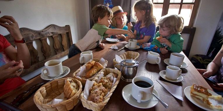 VILLA de LEYVA / Pause gouter à LA boulangerie française du village
