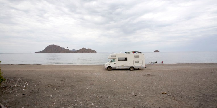 BAJA CALIFORNIA / Playa Ligui