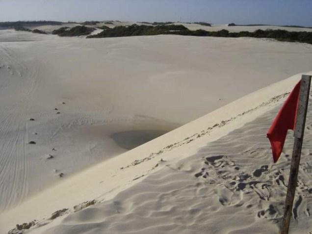 742-5o-dia-passeio-de-buggy-pelas-dunas-de-genipabu-piscinas-que-se-formam-pelas-chuvas