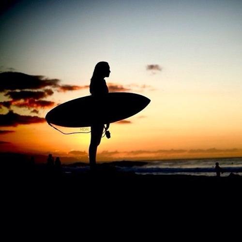 Fotografias-feitas-ao-pôr-do-sol-para-se-inspirar-surf