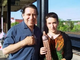 2009'V. Con el constructor de flautas Erik Markzack en Schenectady