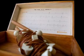 2012'I. 'The Time in a Thread'. Foto: Gerson de Sousa