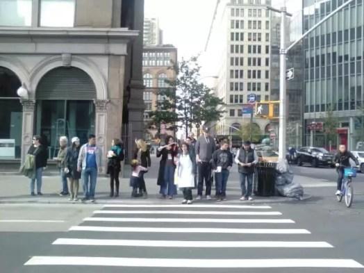 2016'X'16. Nueva York. XI Procesión armónica - paso de peatones 1