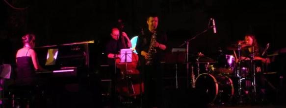 2006'VI. El Almansa Quartet actúa en Italia. Tocando - foto 4