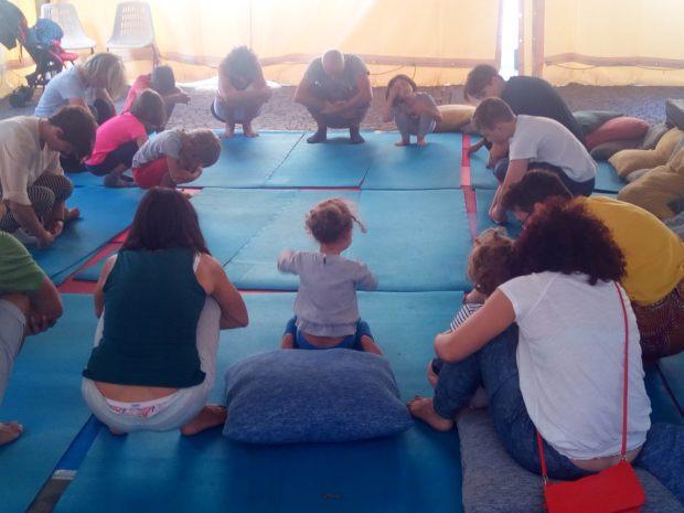 lezione yoga per bambini