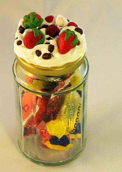 vasetto fragole panna e cioccolata
