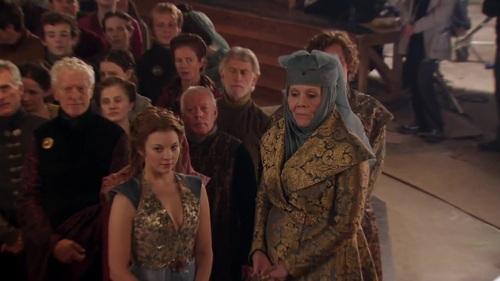 """Margaery y Olenna Tyrell, """"Reina de las Espinas"""" (Natalie Dormer y Diana Rigg)"""
