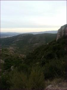 Vista de la bajada hacia Collbató