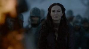 Ante la sonrisilla cínica de Melisandre...