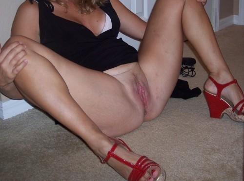 Sonja blev kåt när hon satt på golvet