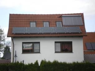 Sunpower in Weinbergen bei Mühlhausen