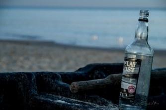 Boot, boat, Flasche, bottle, Ostsee, Baltic Sea, Meer, Sand, Islay Mist