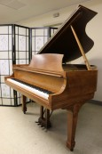Steinway M 1971 Walnut Beautiful Grain & Rich Tone $12,500
