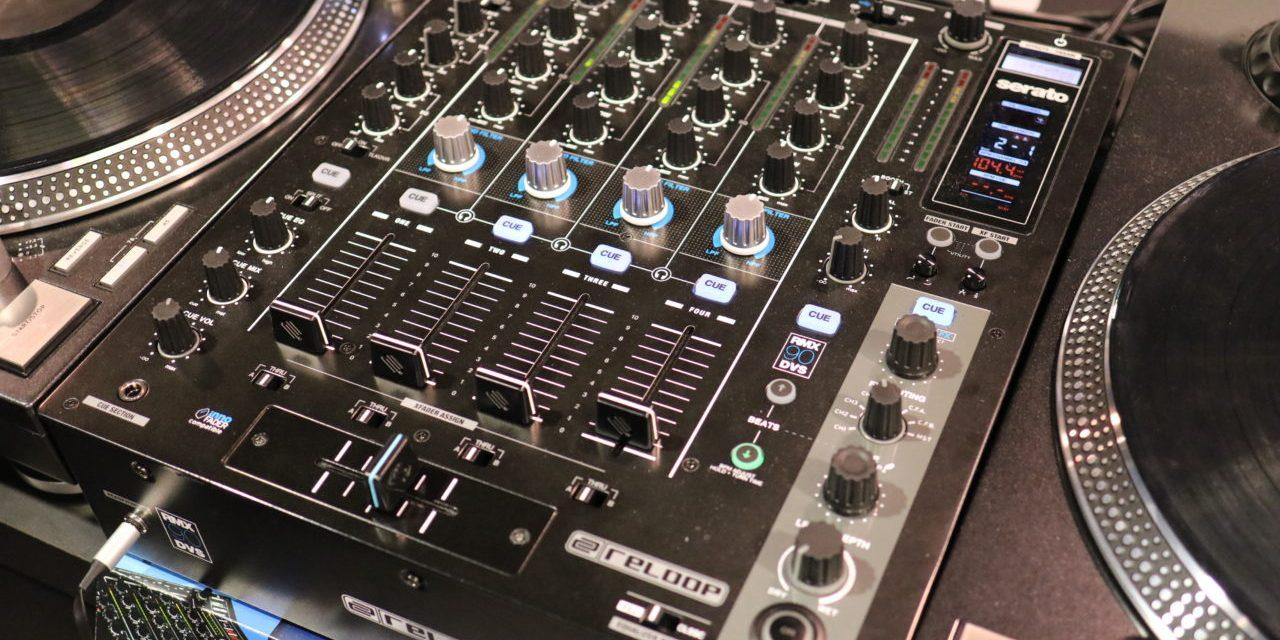 Reloop RMX-90 DVS, totalement Serato DJ