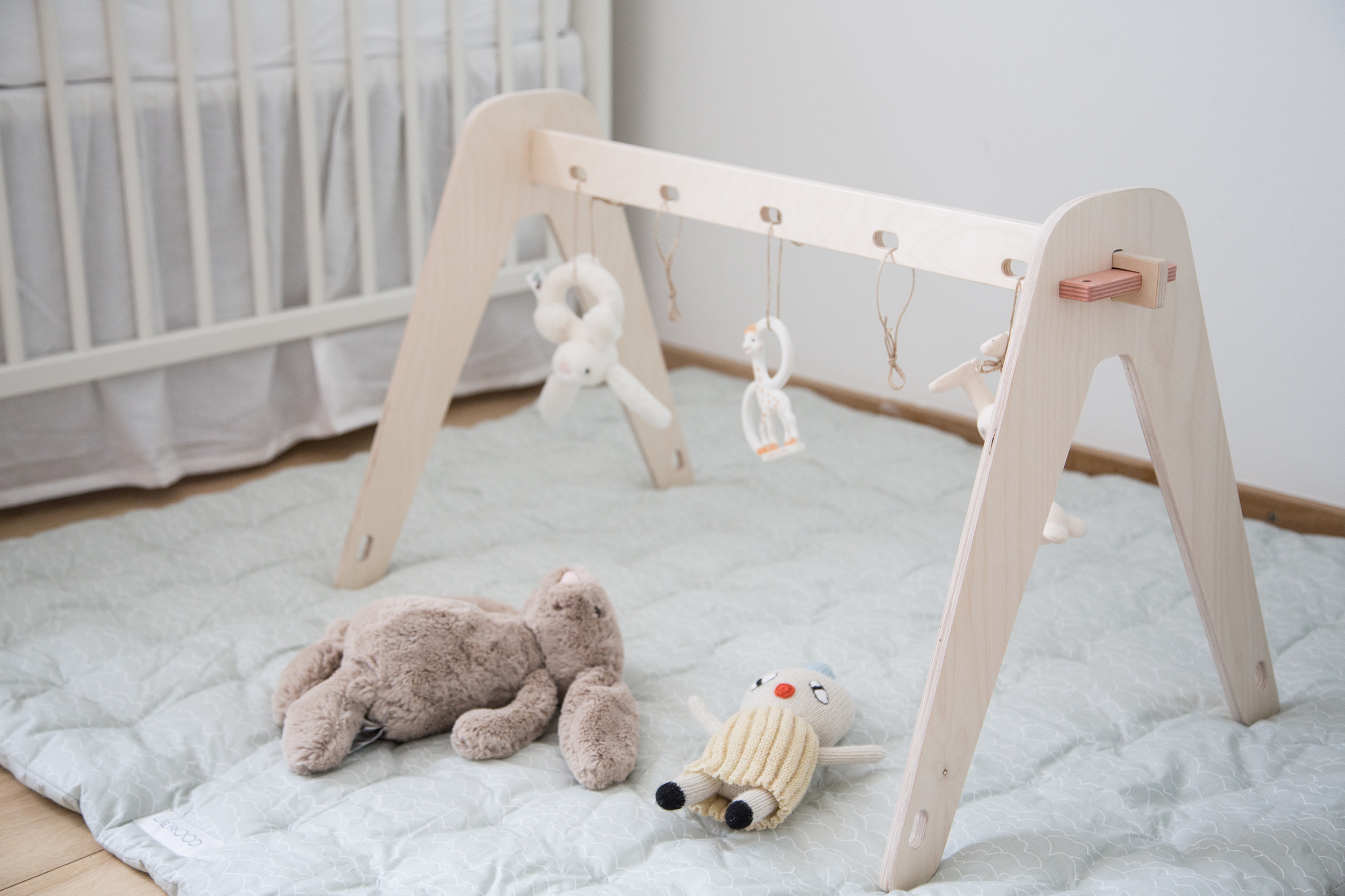 Activity stand for your baby – Sonoma Seven