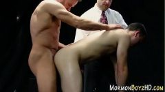 Mormon hunk sucking dick