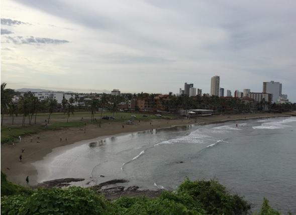 Playa Luna Bonita