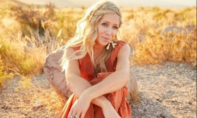 Ellie Holcomb – Mine ft. Drew Holcomb