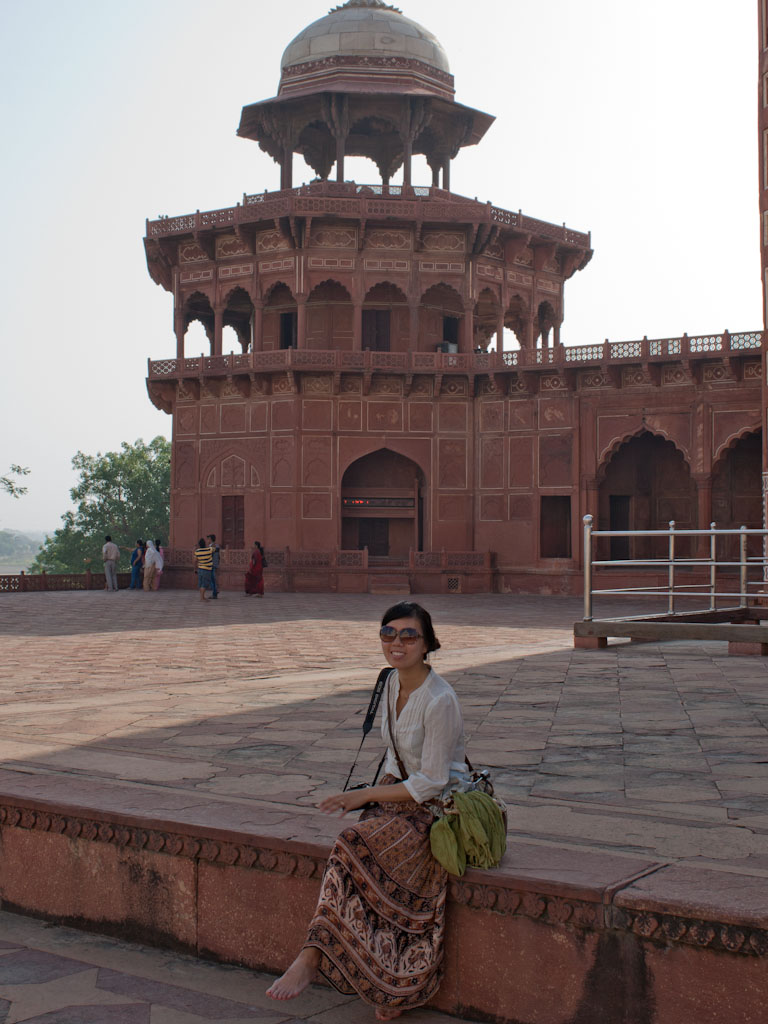 Taj Mahal Agra Uttar Pradesh India Sonya And Travis