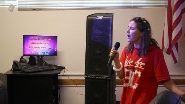 Karaoke Knights singer