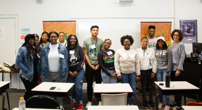 Group of new Umoja students.