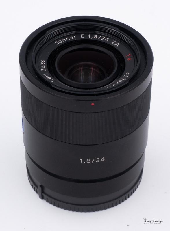 Sony 24 F1.8 Zeiss-1