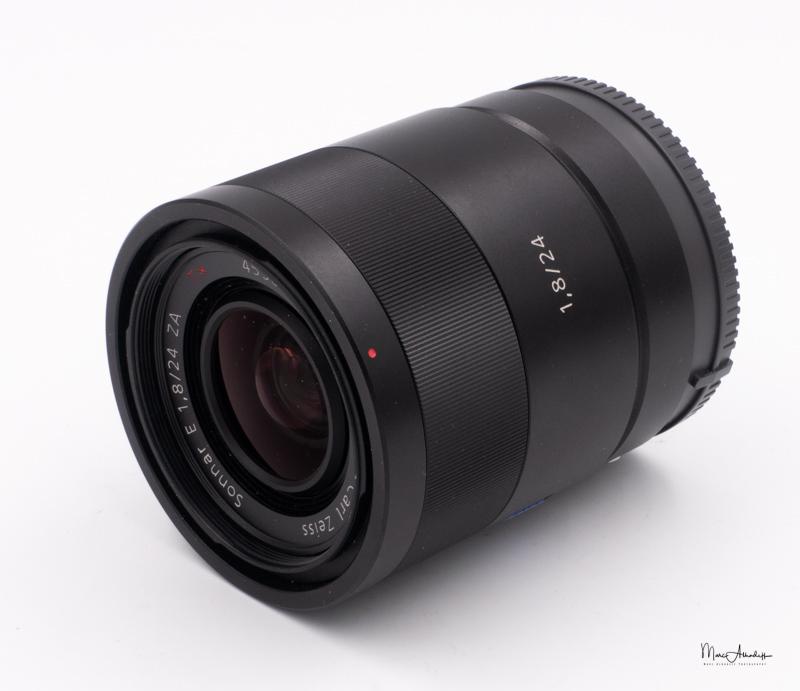 Sony 24 F1.8 Zeiss-4