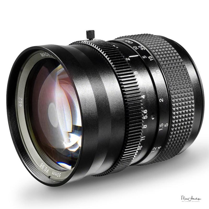 SLR Magic Hyperprime 50mm F0.95-1