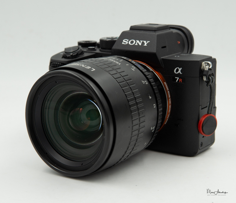 Lensbaby Velvet 28mm F2.5-4