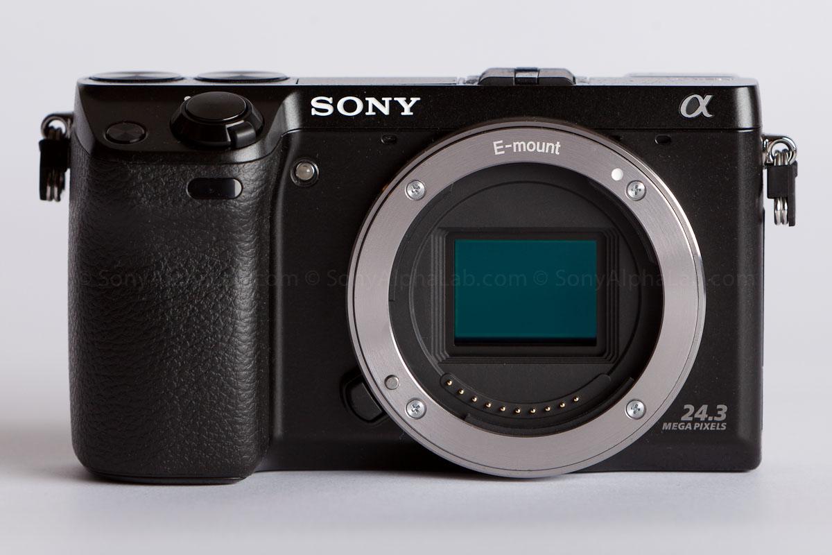 Sony Nex-7 - Front