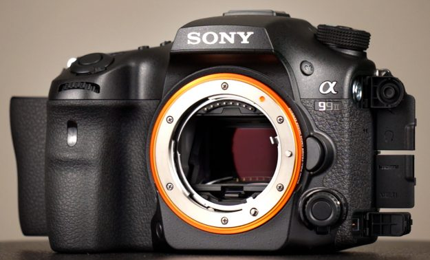 Sony A99 II - Mirror Exposed