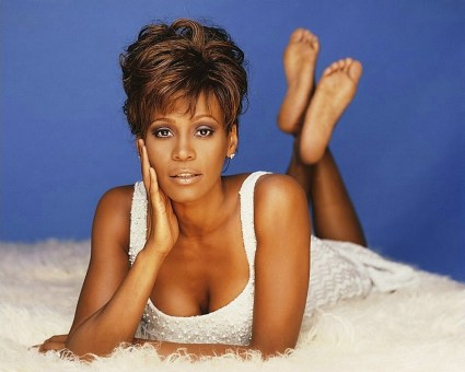 Whitney-Houston-fashion-3