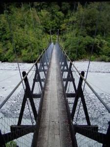 Suspension Bridge. Photo from Nehlia, PIxaBay. PD - CC-SSA.
