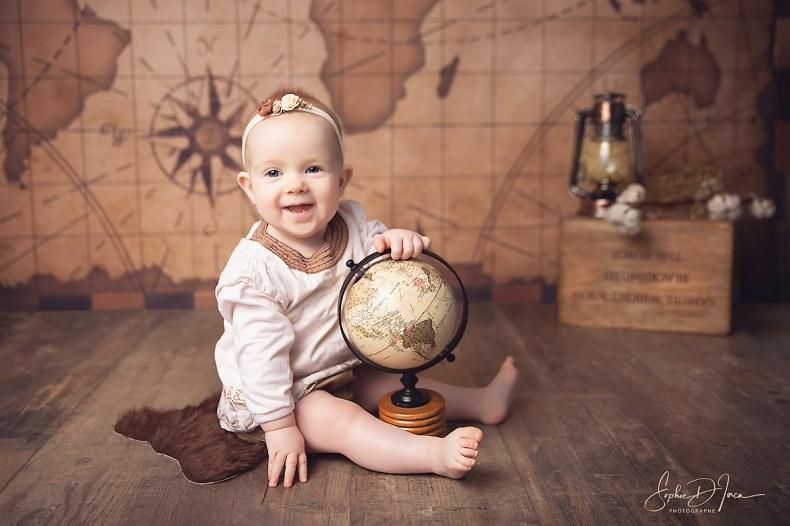 séance - photos - studio - enfants - fond avion - Sophie d'inca, photographe à Malestroit