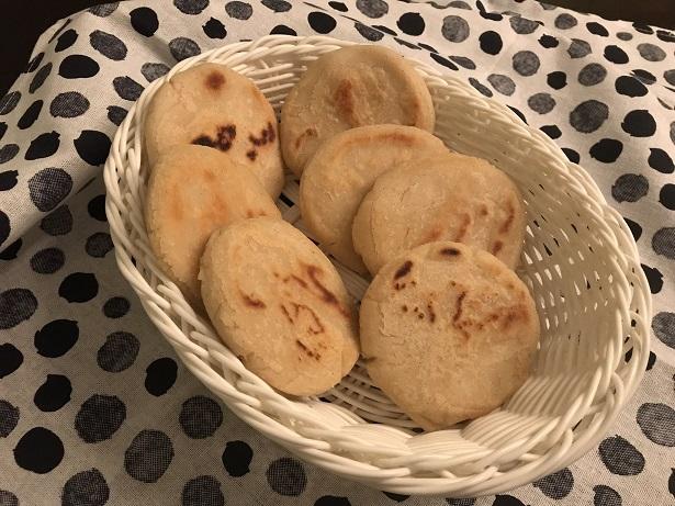 Arepas, heerlijke Venezolaanse maïsbroodjes