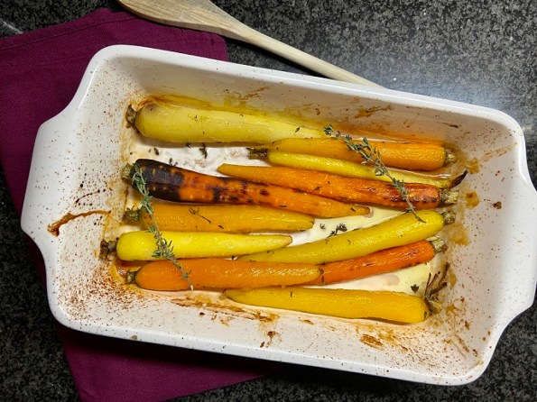 Regenboog wortelmix met honing en tijm uit de oven