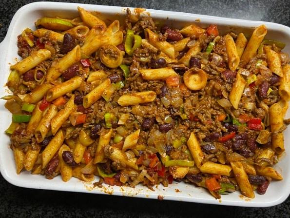 Chili con carne ovenschotel met pasta
