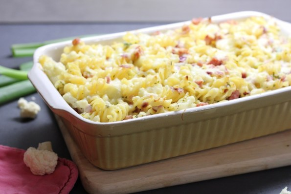 pasta ovenschotel met bloemkool, ham en kaas