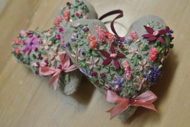Emma & Christine - Ribbon work heart cushion kit, 2013